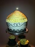 Giant cupcake 2