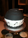 Giant cupcake black and white