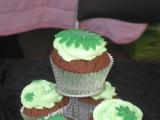Green cupcakes 2