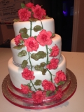 Red Roses and Diamond Wedding Cake3