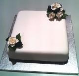 Single square wedding cake