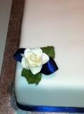 Single square wedding cake 3
