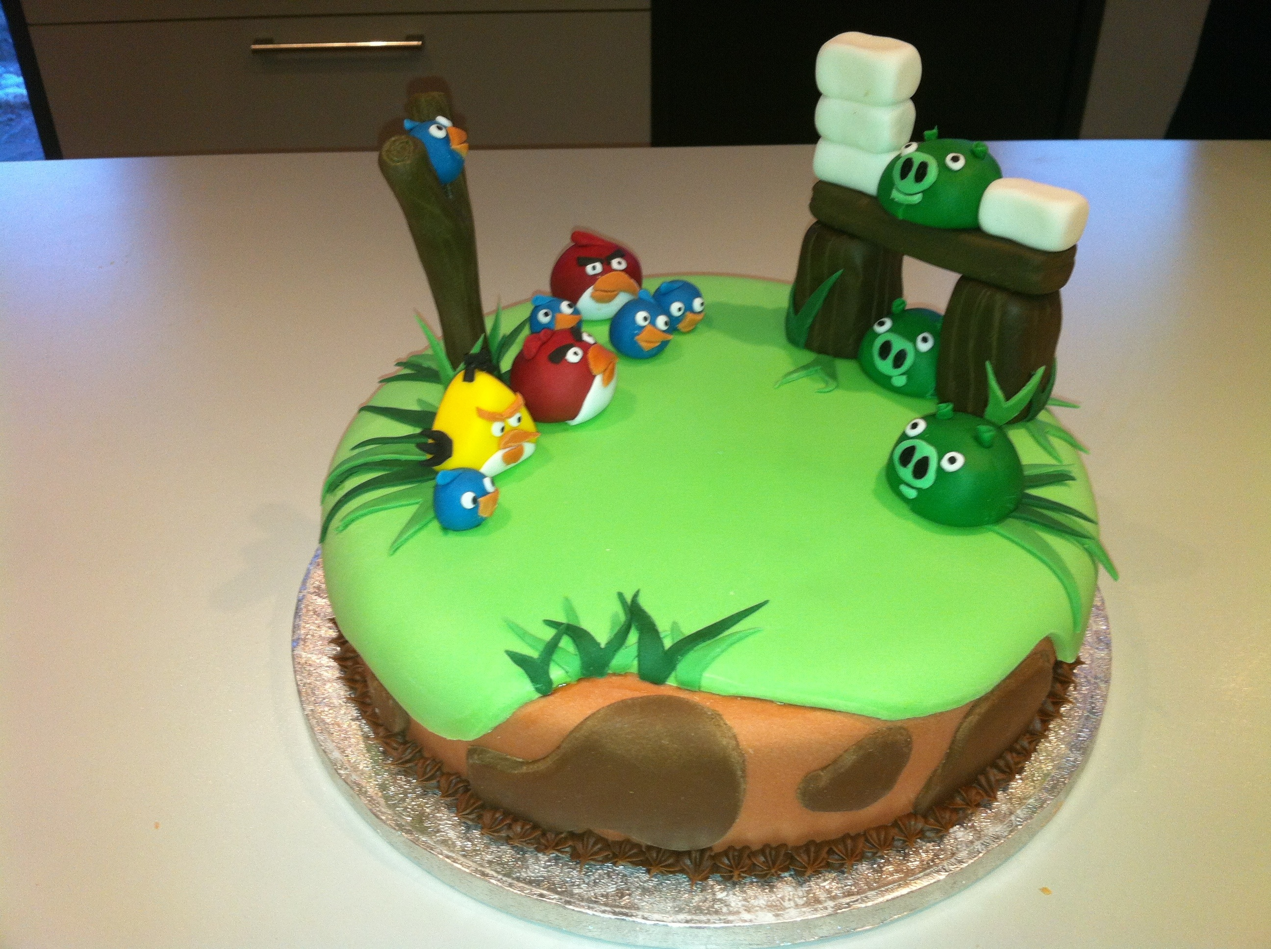 Images Of Angry Birds Cake : Angry birds cake   Cakes by Melissa